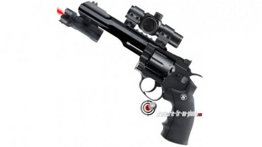 Smith & Wesson 327 TRR8 - Equipé